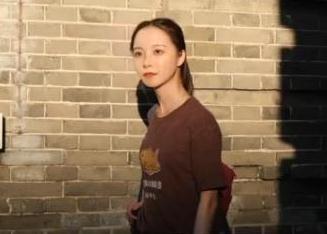 """清华大学迎来中国首个原创虚拟学生""""华智冰"""" 照片曝光太过真实!"""